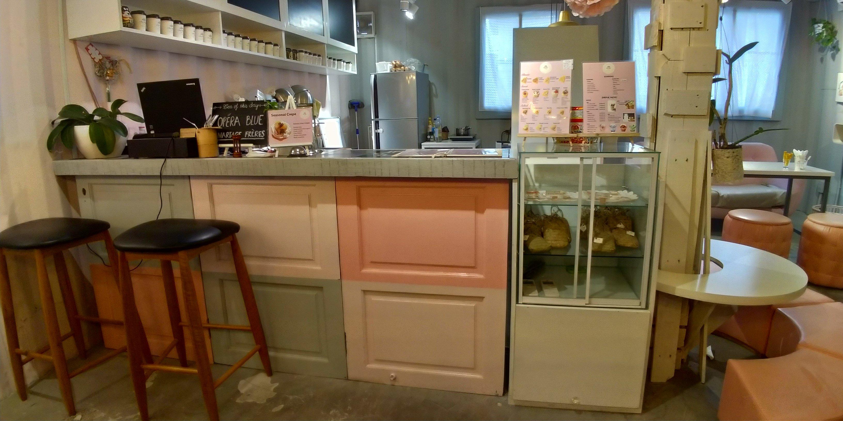 Thi Công Nội Thất Tiệm Bánh Crepe Cake - Quận 2 (Hình Thực Tế)